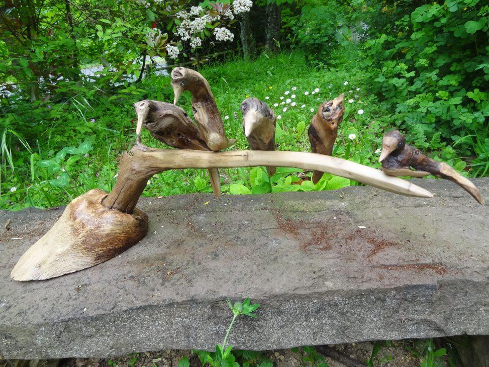 Des oiseaux perchés sur un bec - JC PASTY